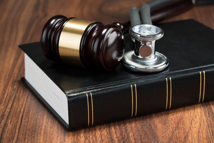 Ilustrasi hukum medis