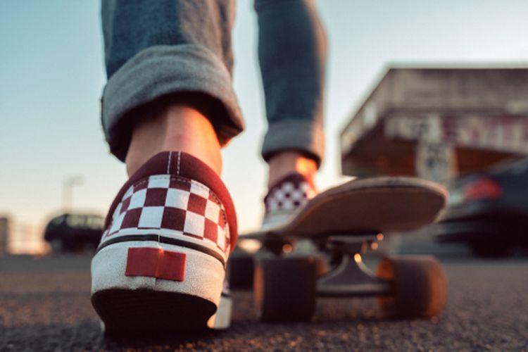 Vans paling menonjol ketika digunakan oleh para pemain skateboard di 1970-an.