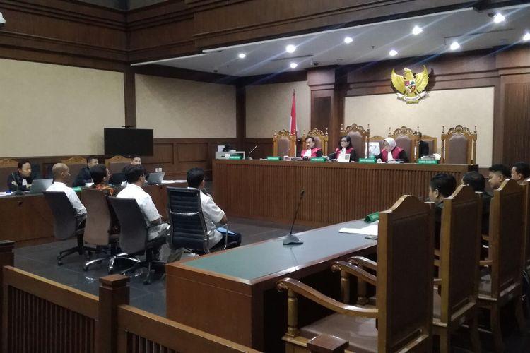 Sidang pemeriksaan saksi untuk terdakwa orang dekat mantan Direktur Utama PT INTI Darman Mappangara, Taswin Nur. Taswin merupakan terdakwa kasus dugaan suap terkait pengadaan semi baggage handling system (BHS) untuk 6 bandara.