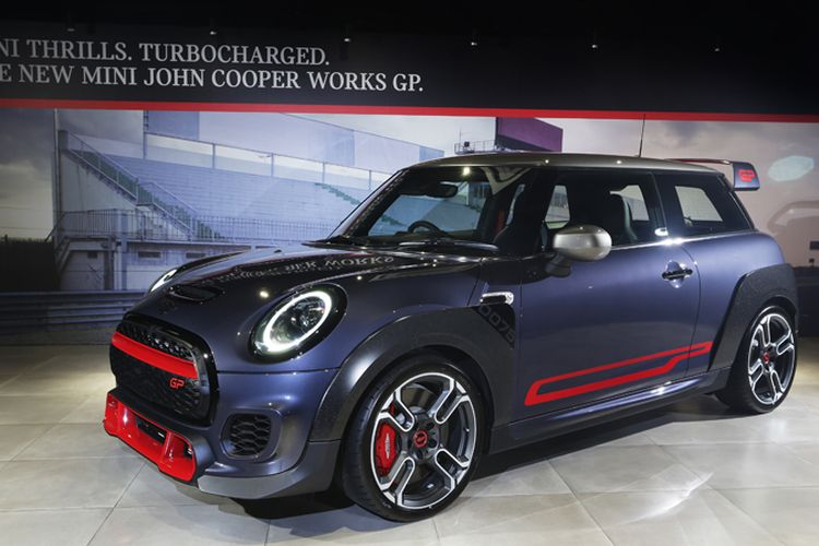 Mini John Cooper Works GP , cuma 12 unit di Indonesia
