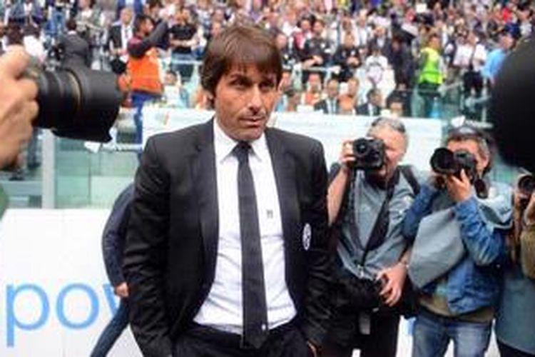 Pelatih Juventus,Antonio Conte.
