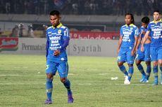 Bek Kiri Persib Semringah Sepak Bola Indonesia Kembali Menggeliat