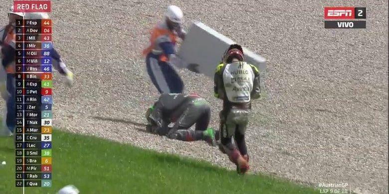 Insiden kecelakaan parah antara Franco Morbidelli dan Johann Zarco di MotoGP Austria 2020