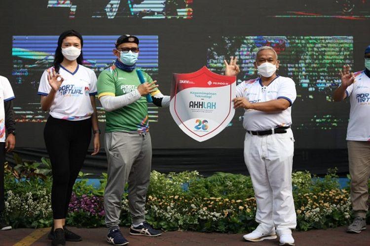 Suasana pembukaan Port Virtual Run and Ride 2020 di halaman kantor Pelindo 3 Regional Jawa Timur di Surabaya, Sabtu pagi (14/11).