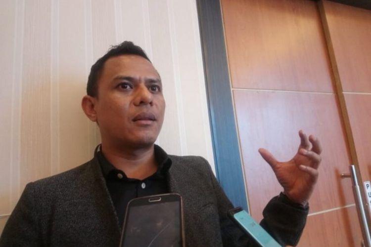 Anggota Komisioner Bawaslu Papua, Ronald Manoach