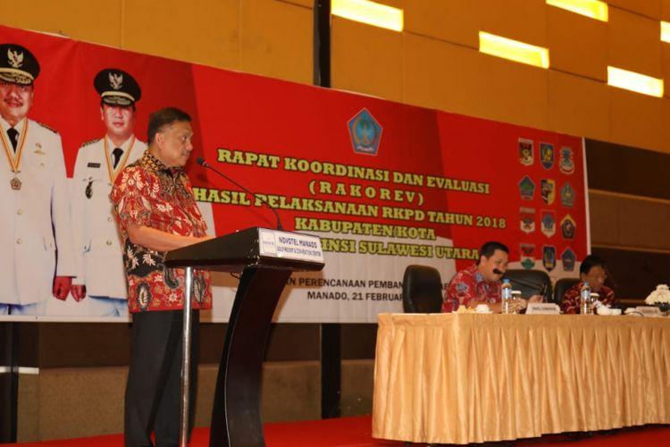 Gubernur Sulawesi Utara (Sulut) Olly Dondokambey menyampaikan pencapaian pembangunan melalui sepuluh program prioritas yang diraih selama dirinya memimpin bersama Wakil Gubernur Steven Kandouw.