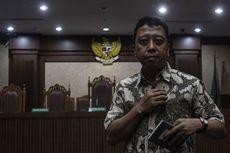 ICW Sesalkan Hakim Tidak Mencabut Hak Politik Romahurmuziy