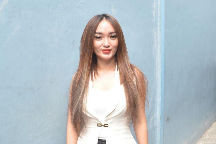 Zaskia Gotik ditemui di Studio TransTV, Mampang, Jakarta Selatan, Jumat (28/9/2018).