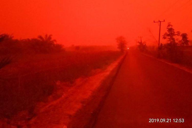Kondisi Jambi berwarna merah pada Sabtu (21/9/2019) pukul 12.53 WIB.