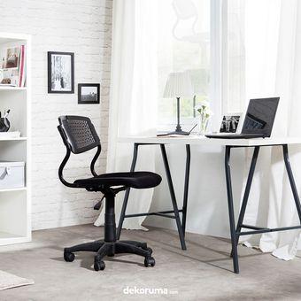 4 prinsip menata ruang kerja yang nyaman di rumah halaman