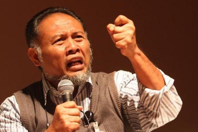 Bambang Widjojanto saat menjadi Wakil Ketua Komisi Pemberantasan Korupsi (KPK). Bambang menjadi pembicara dalam peluncuran Anti-Corruption Film Festival (ACFFest) 2015 di Pusat Perfilman Haji Usmar Ismail, Jakarta, Rabu (11/2/2015). ACFFest telah diselenggarakan sejak 2013, dengan menjaring para sineas muda yang memproduksi film bertemakan anti-korupsi.