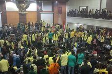 Demo di DPRD Sumbar Rusuh, Uang dan Laptop di Ruangan Fraksi Raib