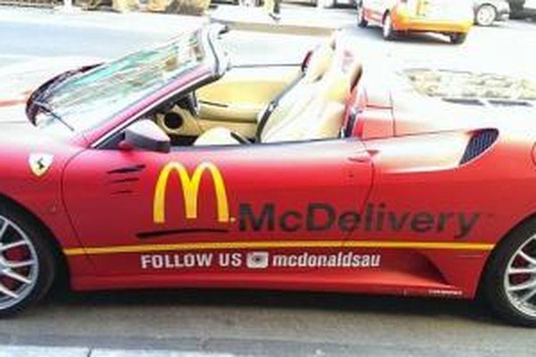 Ferrari F430 Spider jadi mobil pengantar makanan