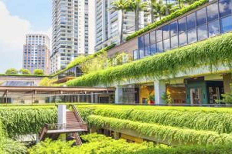Gedung hijau dibangun tidak hanya mengutamakan persyaratan keamanan dan kenyamanan penggunanya, tetapi juga mempertimbangkan efisiensi energi serta sumber daya lainnya. Keharmonisan dengan lingkungan sekitarnya pun jadi faktor utama.