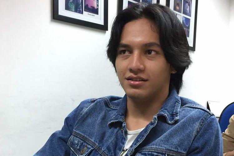 Artis peran Jefri Nichol berbincang tentang film terbarunya, Jailangkung, di redaksi Kompas.com, Gedung Kompas Gramedia, Jalan Palmerah Selatan, Jakarta Pusat, Senin (8/5/2017).