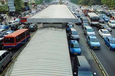 Ada Demo Tolak Kebijakan BPJS, Arus Kendaraan di Bundaran HI Macet di Kedua Arah