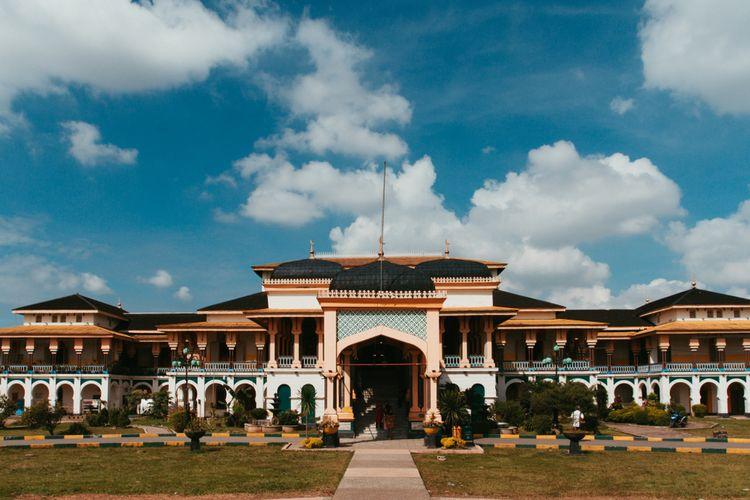 Tampak Kemegahan Istana Maimun via shutterstock
