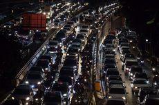 Aktivitas Perkantoran di Masa PSBB Transisi Picu Kepadatan Lalu Lintas di Jakarta