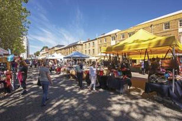 Salamanca Market adalah surga bagi pecinta lukisan dan karya seni.