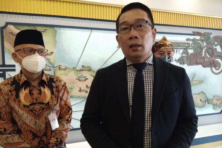 Gubernur Jawa Barat Ridwan Kamil saat ditemui usai menghadiri acara West Java Investment Summit (WJIS) 2020 di Hotel Savoy Homan, Kota Bandung, Selasa (17/11/2020).