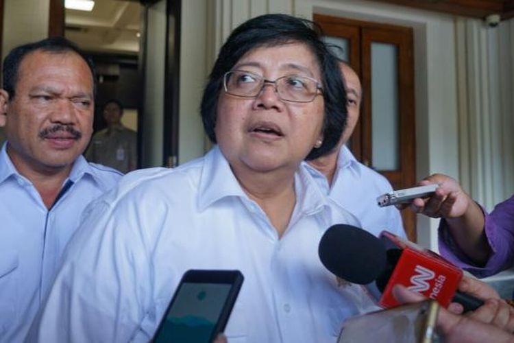 Menteri Lingkungan Hidup dan Kehutanan Siti Nurbaya saat ditemui usai rapat koordinasi khusus tingkat menteri terkait Karhutla di kantor Kemenko Polhukam, Jakarta Pusat, Kamis (19/1/2017).