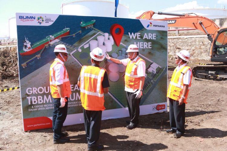 Ground breaking pembangunan terminal BBM milik Pertamina di Maumere Nusa Tenggara Timur, Senin (30/7/2018).
