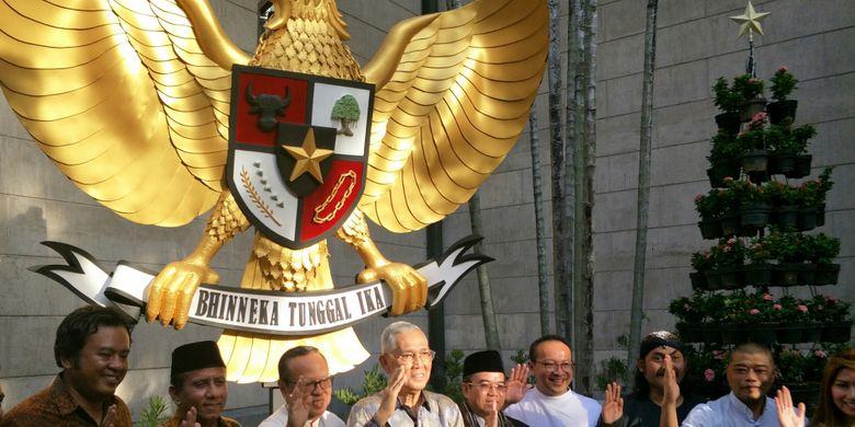 Simbol Negara Garuda Pancasila Halaman All Kompas Com