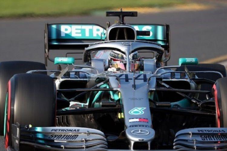 AFP/Pebalap Mercedes asal Inggris, Lewis Hamilton, meraih start terdepan seusai menjadi yang tercepat pada sesi kualifikasi pada GP Australia di Sirkuit Albert Park, 16 Maret 2019.