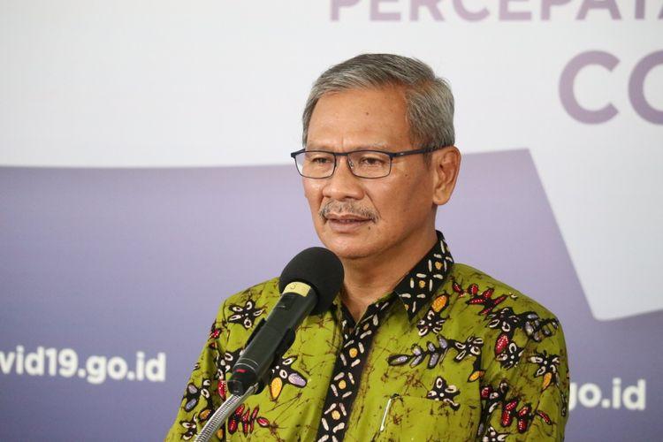 Juru Bicara Pemerintah untuk Covid-19 Achmad Yurianto dalam keterangan resmi di Media Center Gugus Tugas Percepatan Penanganan COVID-19, Graha Badan Nasional Penanggulangan Bencana (BNPB), Jakarta, Selasa (12/5/2020).