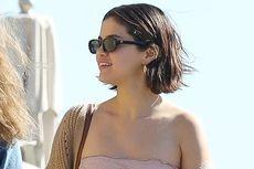 Selena Gomez Kejutkan Fans dengan Gaya Rambut Blunt Bob-nya