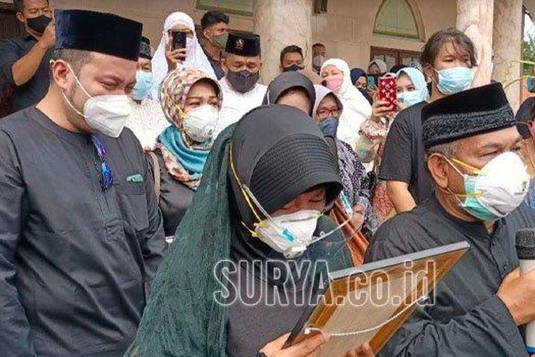 Jenazah Kopilot Fadly Tiba, Sang Ayah: Dia Gugur Dalam Tugas, Semoga Syahid