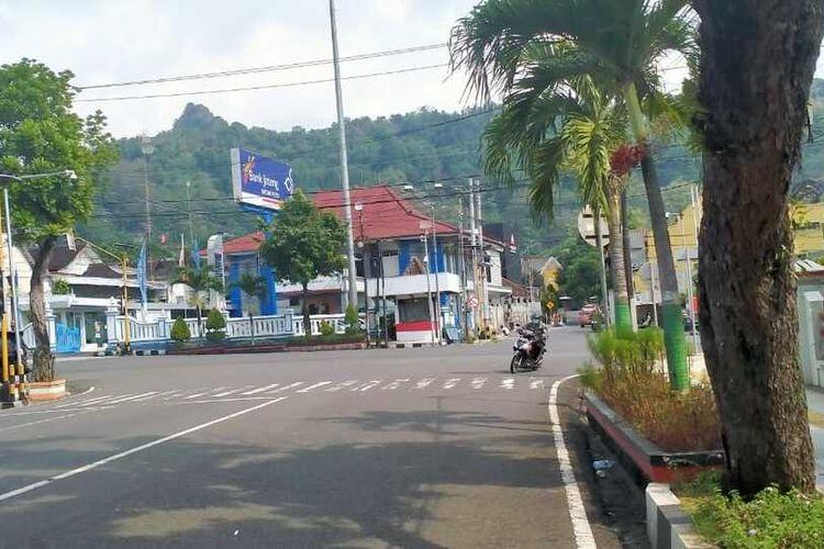 Kantor Cabang Bank Jateng Wonogiri.
