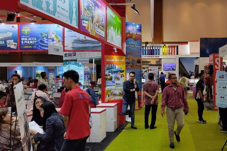 Suasana gelaran Astindo Travel Fair 2020 di Jakarta Convention Center pada hari pertama, Jumat (21/2/2020).