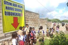 Setiap Hari Ratusan Murid SD di Kupang Harus Panjat Tembok 4 Meter agar Bisa Sampai ke Sekolah