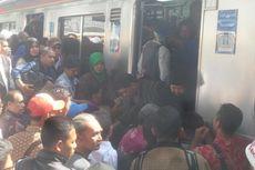 Ada Perbaikan Wesel, Perjalanan KRL Tujuan Stasiun Jakarta Kota Sempat Terganggu