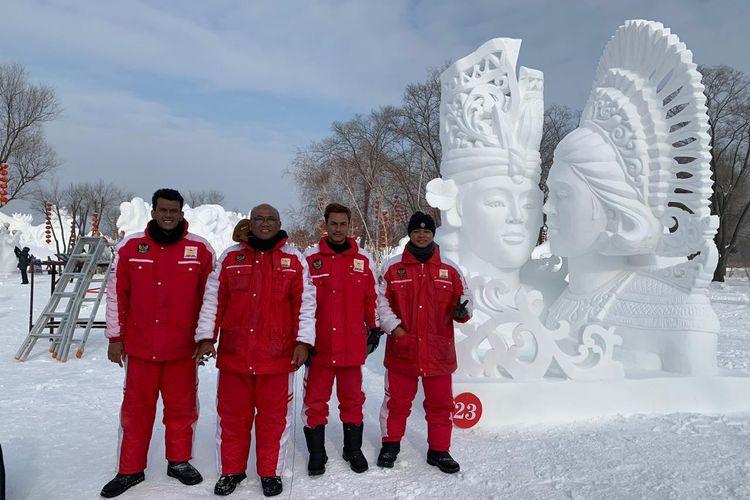 Tim Indonesia 1 yang mewakili Indonesia dalam Harbin International Snow Sculpture Competition 2020. Tim ini merupakan gabungan dari Himpunan Seniman Pecatu dan Desa Ungasan, Bali. Mereka berhasil memenangi kategori Best Skill.