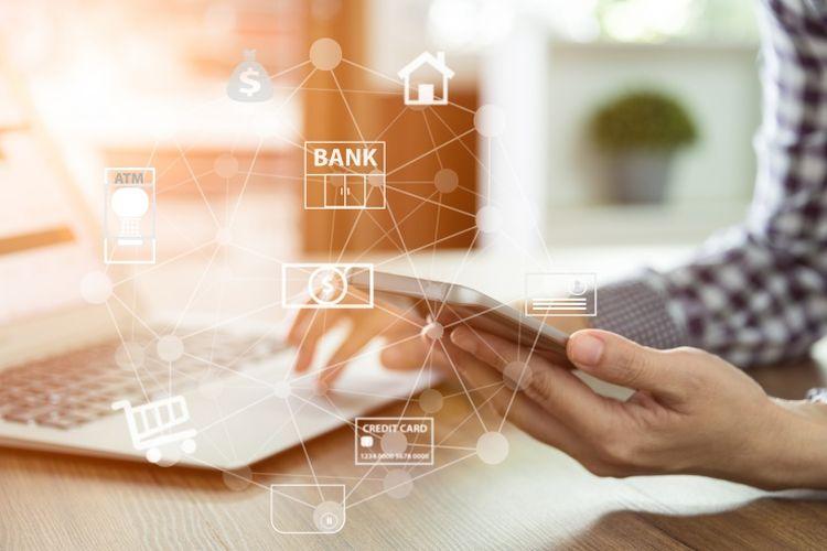 Manfaatkan layanan internet dan mobile banking di saat pandemik Covid-19