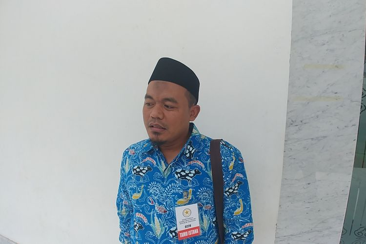 Ketua Umum Aliansi Nelayan Indonesia Riyono di Kompleks Istana Kepresidenan, Jakarta, Jumat (8/9/2017).