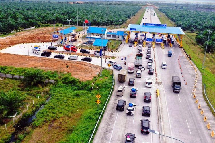 Gerbang Tol Tebingtinggi ruas tol Medan-Kualanamu-Tebingtinggi (MKTT) diperkirakan akan dilalui 17.500 kendaraan pada puncak arus balik libur Nataru yaitu Minggu (3/1/2021)