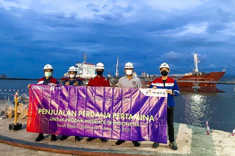 Melalui Petrochemical Industry Business SH Commercial & Trading Regional Kalimantan, kini perseroan mulai melakukan penjualan 3.000 metrik ton (MT) produk Metanol kepada produsen biodiesel di wilayah Kalimantan Selatan.