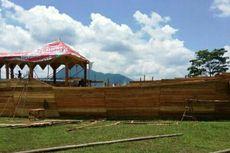 Replika Lancang Kuning dan Laksamana Hang Tuah di Festival Seni Budaya Melayu XI