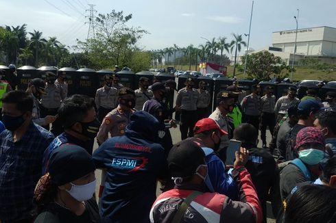 8 Polisi yang Amankan Demo UU Cipta Kerja di Bekasi Positif Covid-19