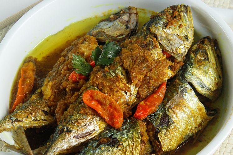 Ilustrasi resep ikan kembung pesmol.
