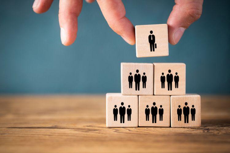 Ilustrasi manajemen organisasi