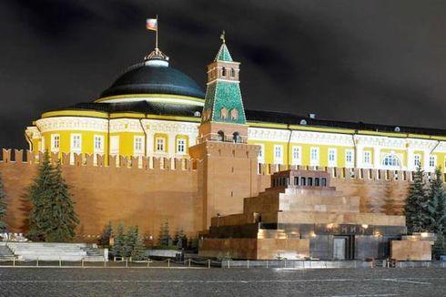 Mengunjungi Mausoleum Lapangan Merah, Tempat Mumi Vladimir Lenin