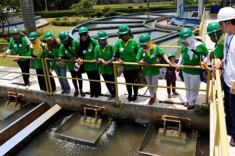 Instalasi pengolahan air PAM Jaya