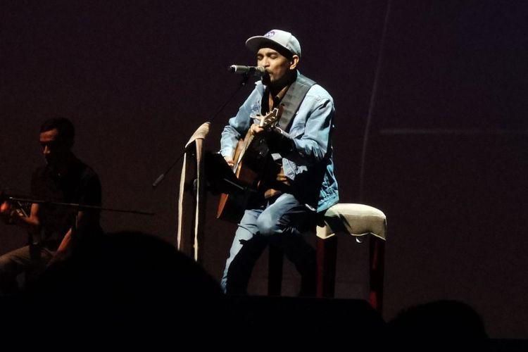 Penyanyi Glenn Fredly saat mengisi acara di kawasan Thamrin, Jakarta Pusat, Senin (17/2/2020).