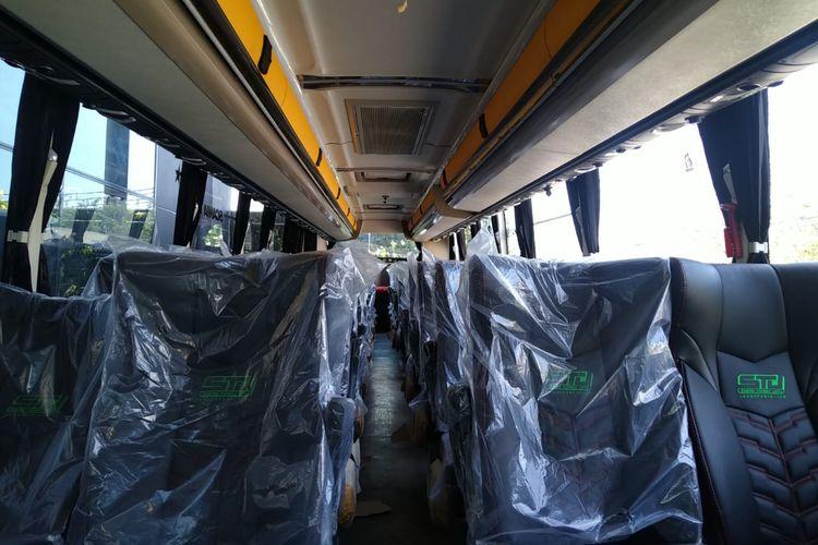Kabin bus AKAP PO Sudiro Tungga Jaya