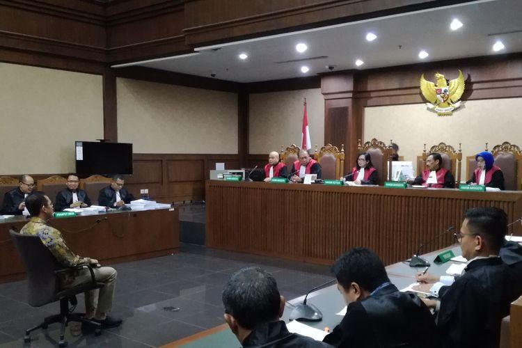 Sidang dakwaan Adik mantan Gubernur Banten Ratu Atut Chosiyah, Tubagus Chaeri Wardana alias Wawan    di Pengadilan Tindak Pidana Korupsi, Jakarta, Kamis (31/10/2019).