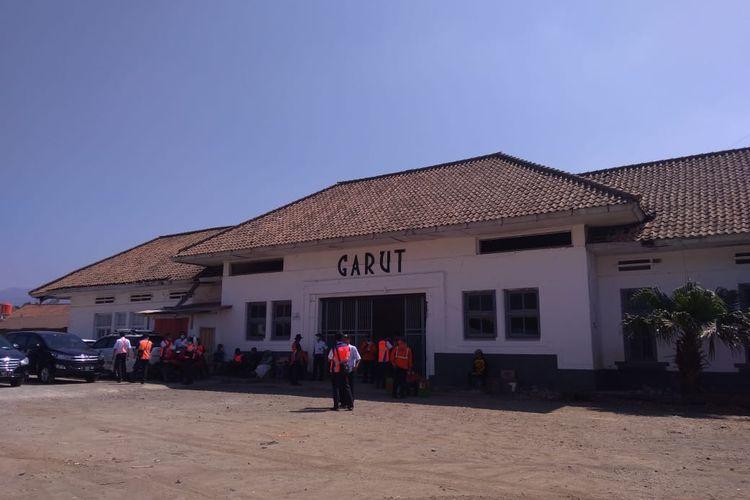 Stasiun Garut akan difungsikan seperti sedia kala seiring dengan reaktivasi jalur kereta Cibatu-Garut.